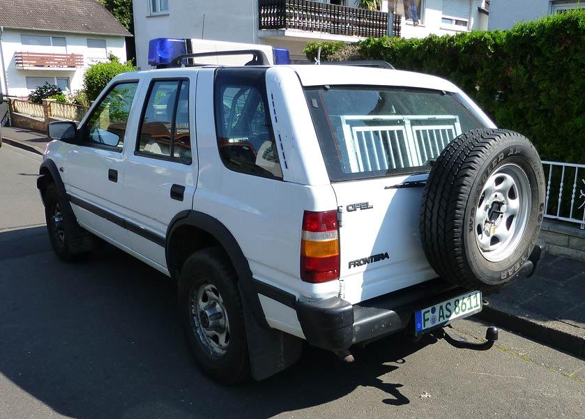 Opel Frontera Ansicht seitlich von hinten noch ohne Beschriftung